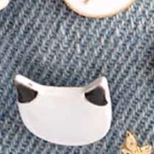Coming soon! Rare Siamese meow Pin  | Brooch 💜